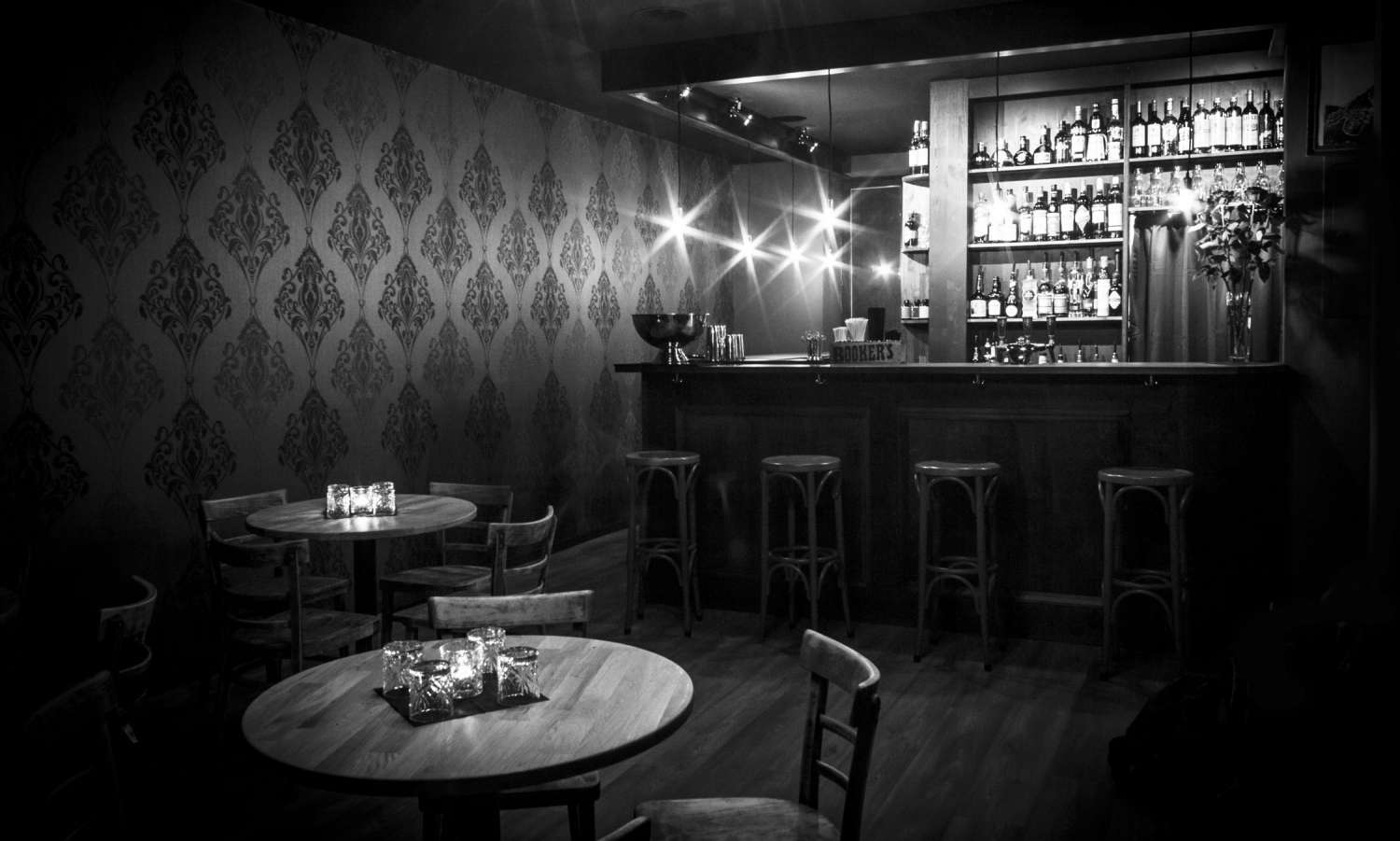 Angels' Share Cocktailbar – Wall Paper